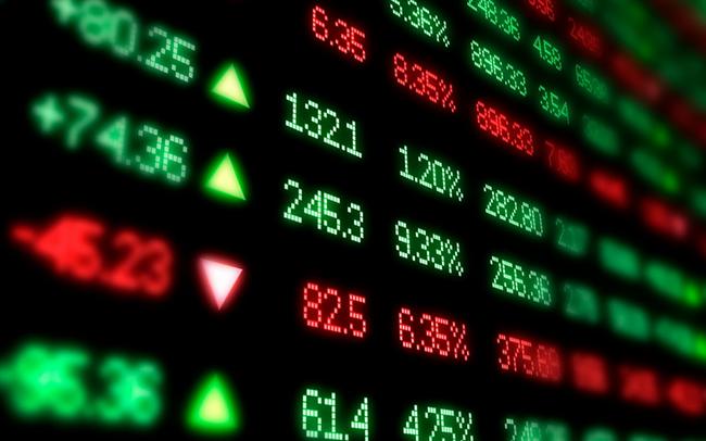 """Phiên 17/3: Khối ngoại tiếp tục bán ròng gần 600 tỷ đồng, tập trung """"xả"""" Bluechips"""